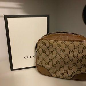 Gucci Purse like new